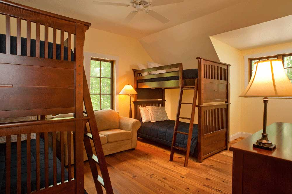 paddle house bunk room
