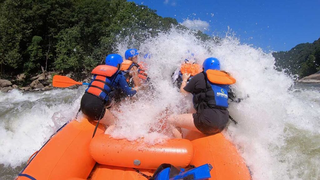 rafting the new river gorge